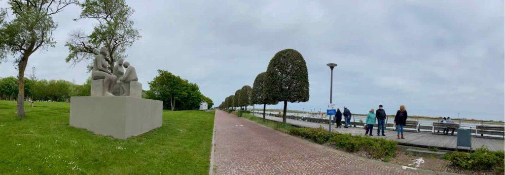 Festival-Beaufort-Nieuport-Goshka-Macuga-Family-Module-panoramique