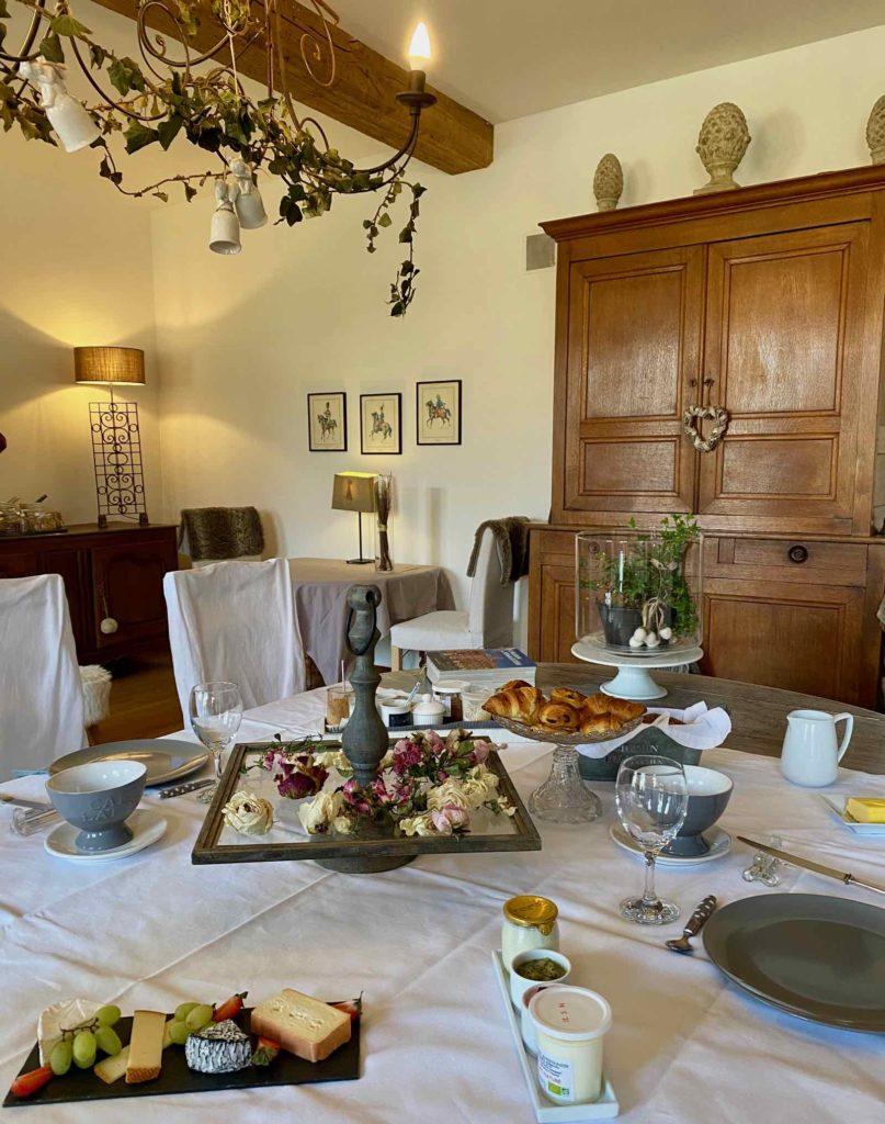 Se-mettre-au-vert-en-Picardie-Ferme-Ribeaufontaine-Dorengt-petit-dejeuner