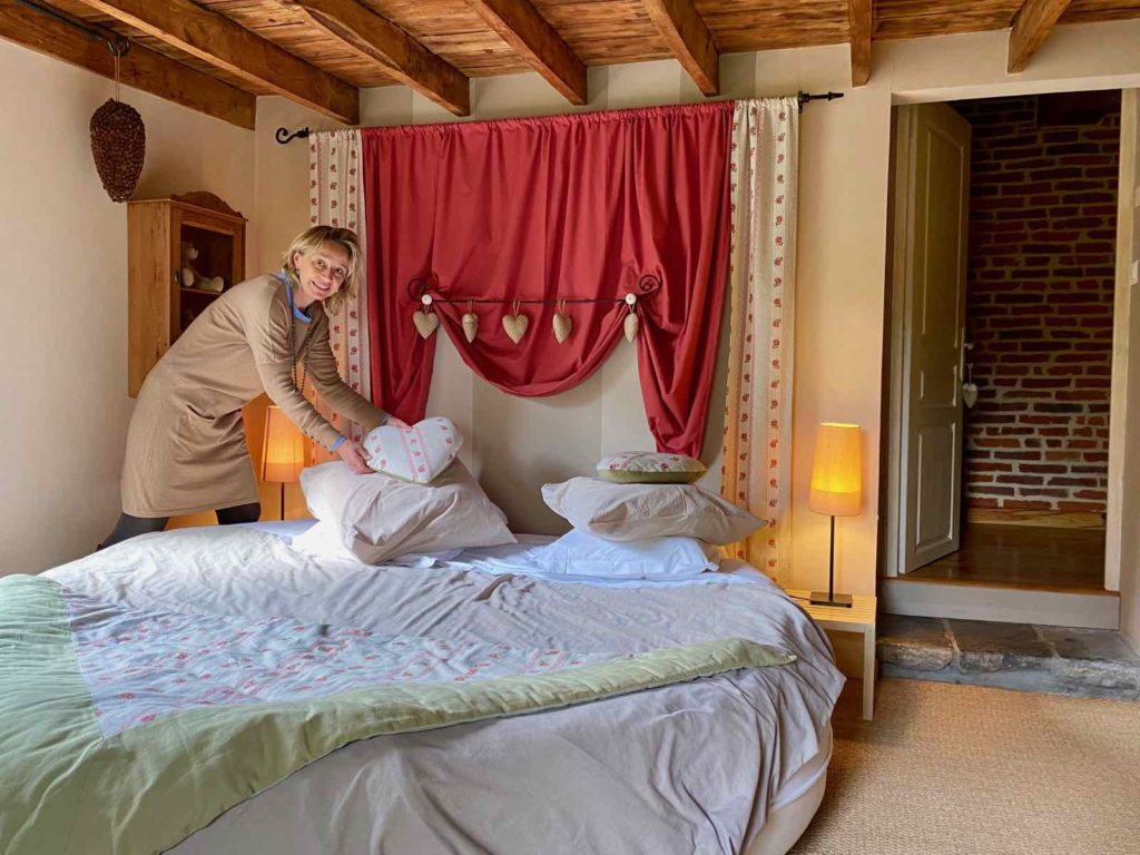 Se-mettre-au-vert-en-Picardie-Ferme-Ribeaufontaine-Dorengt-pigeonnier-chambre-Betise-de-Schum