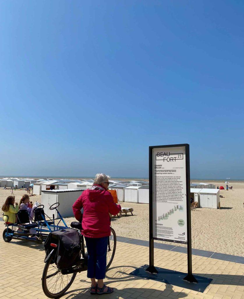 Beaufort-Zeebruges-Sammy-Baloji-And-To-Those-North-Sea-Waves-Whispering-Sunken-Stories-panneau