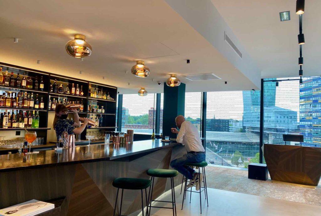 Nū-Restaurant-Lille-bar