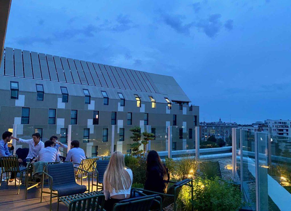 Nū-Restaurant-Lille-terrasse-avec-jardin