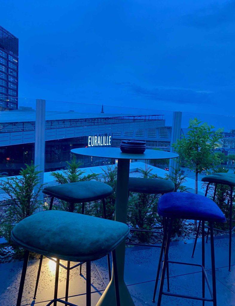 Nū-Restaurant-Lille-terrasse-crepuscule