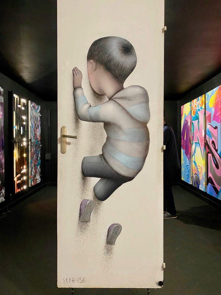 Transition-Abbeville-art-urbain-vingt-porte-enfant