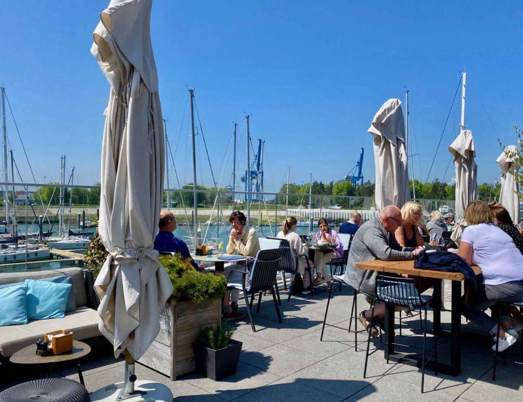 Zeebrugge-Ona-by-Werftje-terrasse