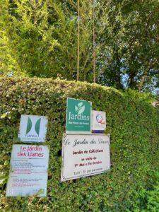 Le-Jardin-des-Lianes-Cheriennes-panneaux-entree