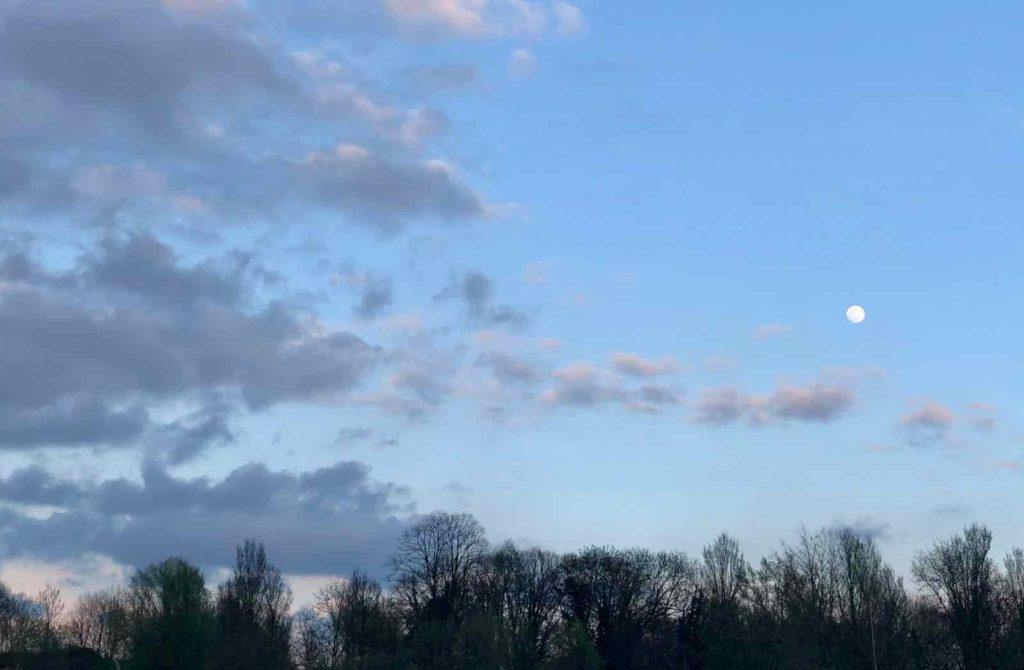 Mots-d-absence-Anne-Tomczak-ciel-crepuscule