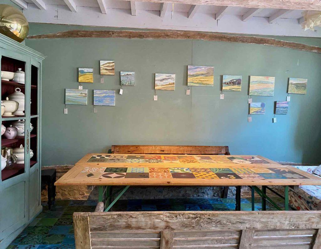 Saint-Remy-au-Bois-le-Tearoom-salon-de-the-table