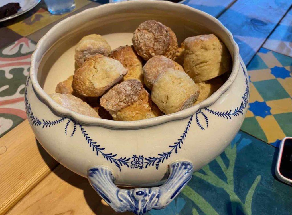Saint-Remy-au-Bois-le-Tearoom-scones
