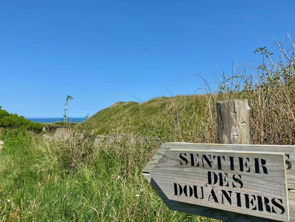 Sentier-des-Douaniers-Le-Portel-panneau