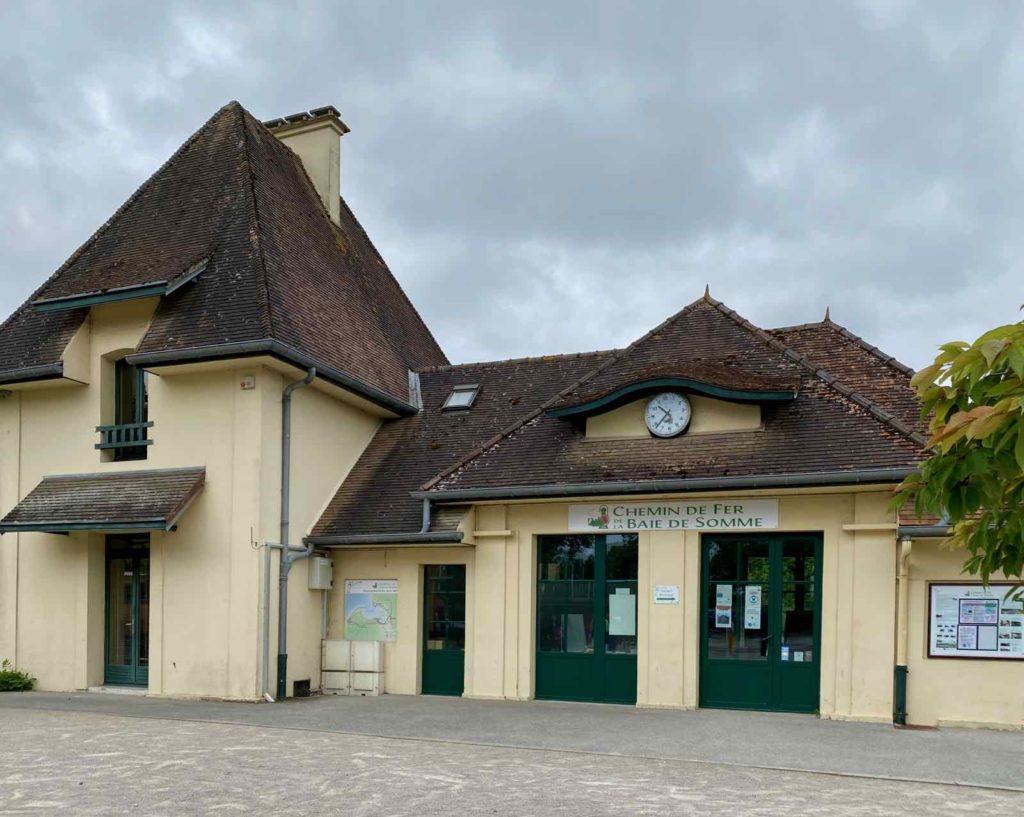 Chemin-de-fer-de-la-baie-de-Somme-gare-entree-Saint-Valery