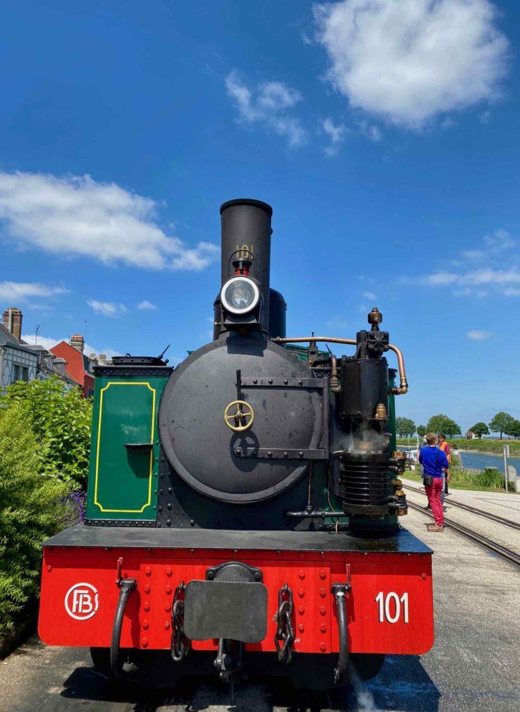 Chemin-de-fer-de-la-baie-de-Somme-loco-quai-Saint-Val