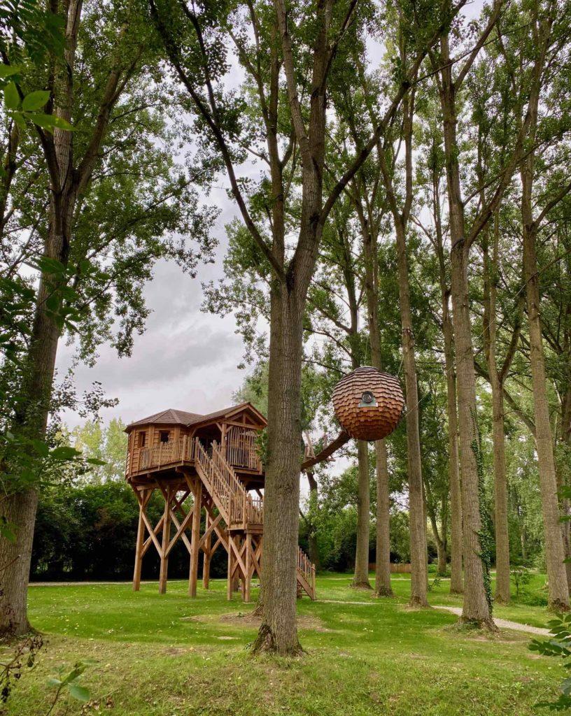 Domaine-Natureza-cabane-Estrela-dans-les-arbres