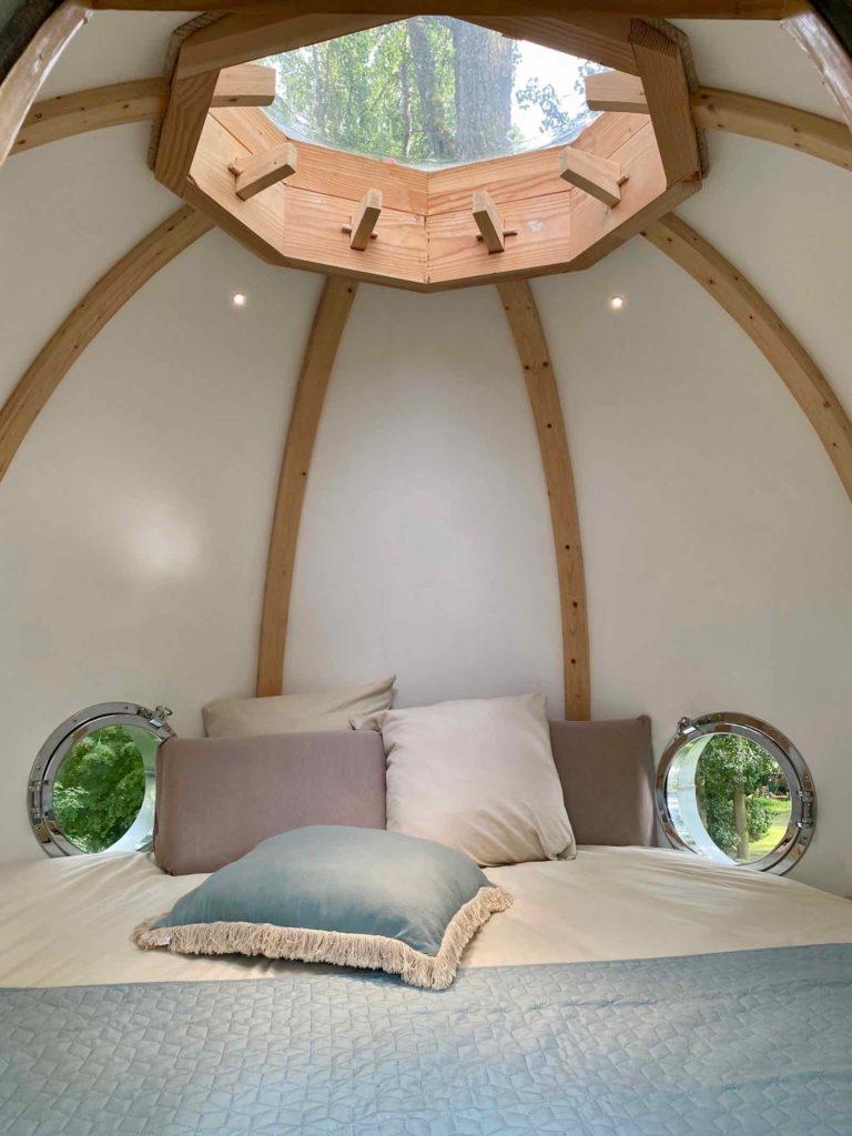 Domaine-Natureza-cabane-Estrela-interieur-Lov-Nid