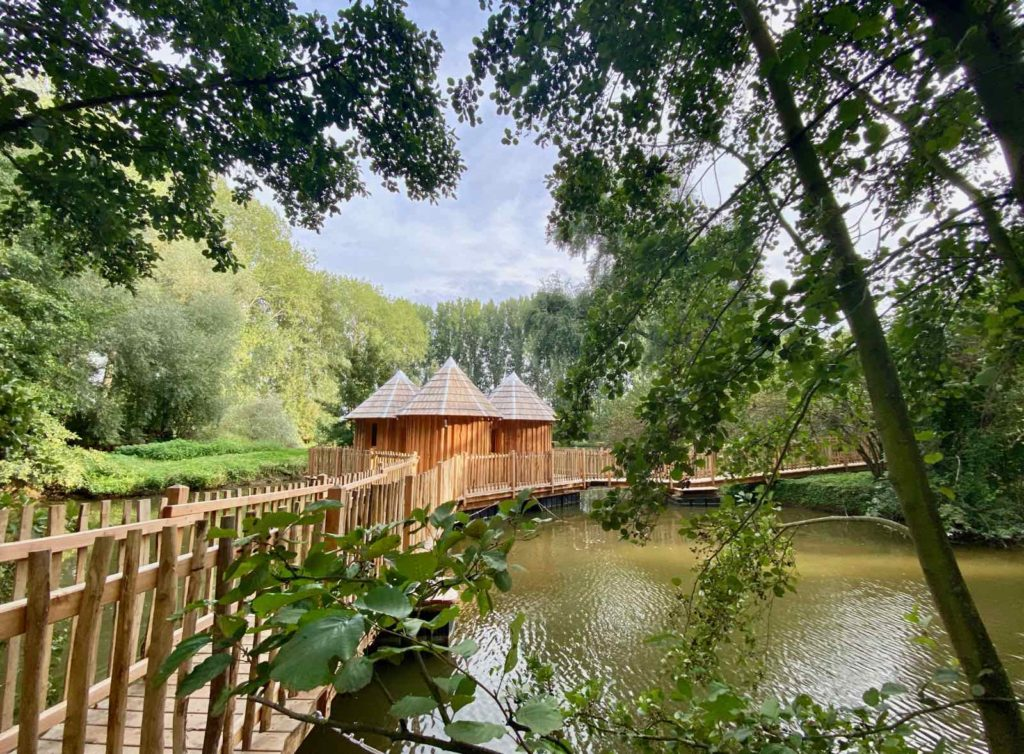 Domaine-Natureza-cabane-du-Lac-grand-angle