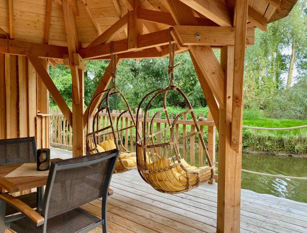 Domaine-Natureza-cabane-du-Lac-terrasse