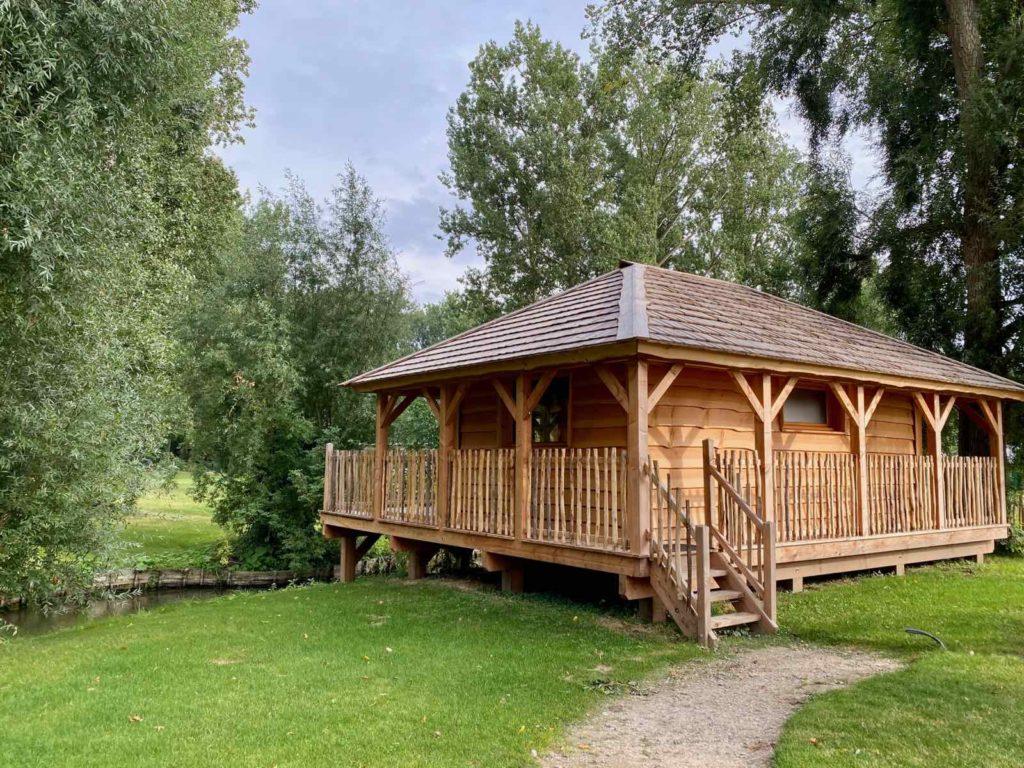 Domaine-Natureza-cabane-du-pecheur-exterieur