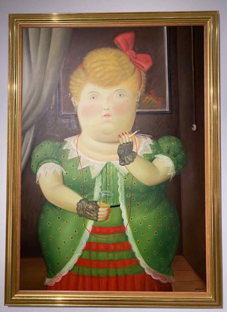 Fernando-Botero-Femme-au-ruban-rouge-1990-collection-privee-expo-BAM-Mons